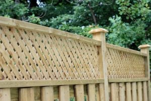 DECK CLEANING & STAINING SERVICES